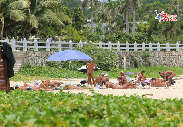Nude beaches are pretty uncommon in China, if only for the fact that beaches ...