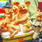 "The Model For Zhengzhou's ""Filial Pigs"" Sculpture Depicts An Orgy, Most Definitely Not Filial"