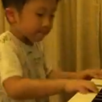 Watch This Supposed Four-Year-Old On The Piano featured image