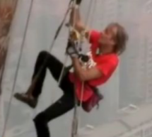 "French ""Spiderman"" Alain Robert Scales Henan Skyscraper"