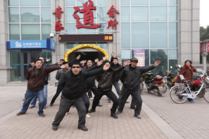 Workers do Gangnam Style 2