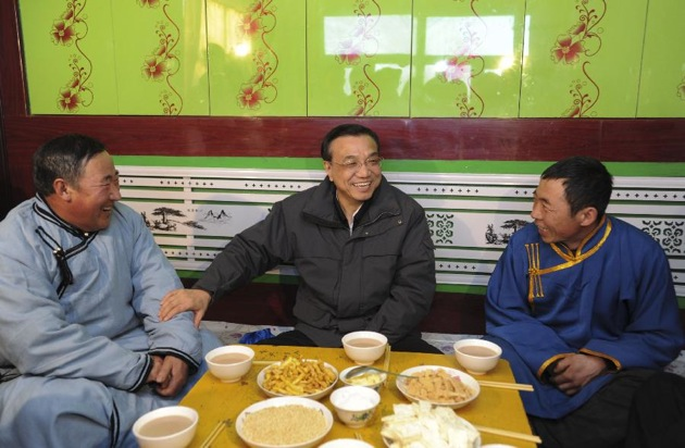 Li Keqiang visits Baotou