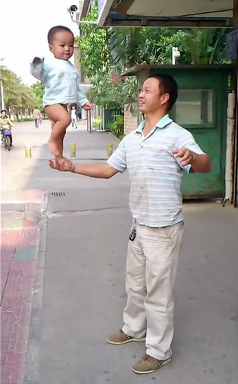 Dad swings baby Shaolin Temple 6