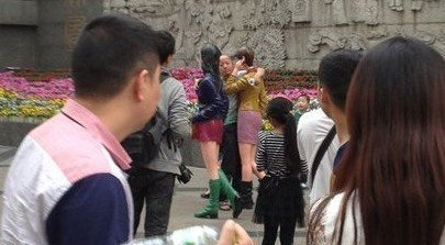 Man in Chengdu makes out with mannequins 3