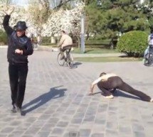 Old Men In Beijing Park Give The Wackiest Interpretative Gangnam Dance We've Ever Seen