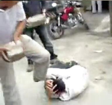 Brutal beatdown of thieves 2