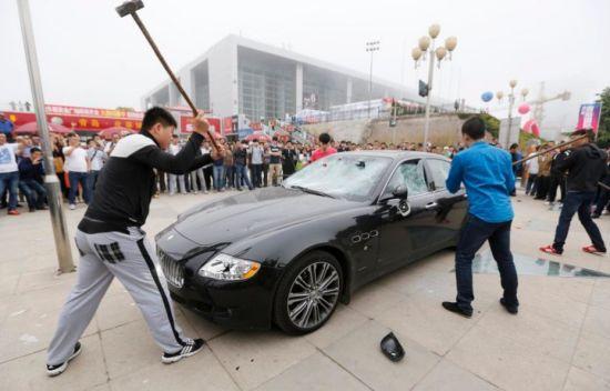 Maserati Owner Smashes His Own Vehicle To Spite Car - Maserati car dealership