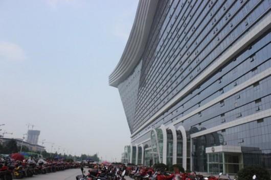 Chengdu world's largest building 3