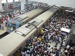 Line 13 Beijing subway congestion