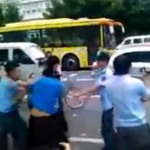 Guangzhou Chengguan Brawl With Vendors From Xinjiang