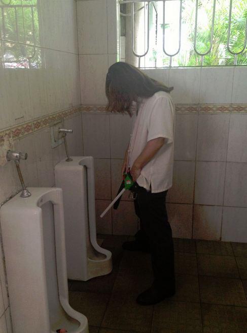 Pee straight funnel in Shenzhen