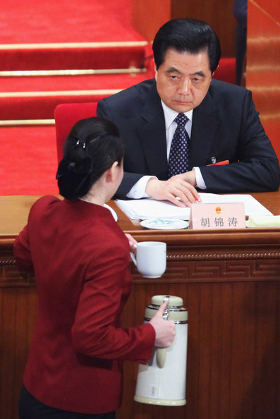 Hu Jintao stares at tea lady
