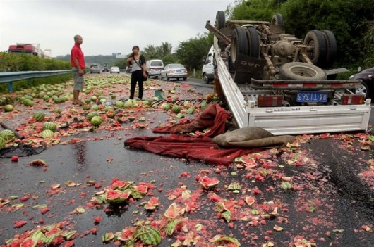 Watermelon truck overturns 1
