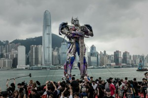 TOPSHOTS-HONG KONG-US-FILM-ENTERTAINMENT